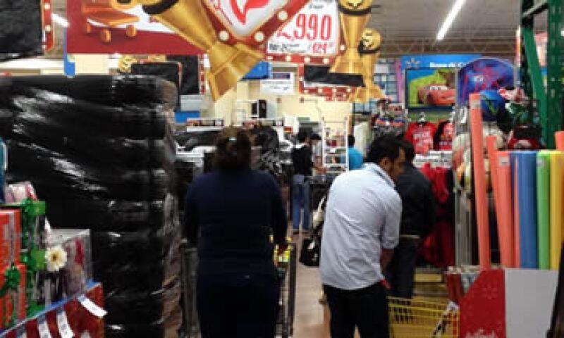 Cerca del 22% de los ingresos de La Comer provienen de las ventas que genera la campaña Julio Regalado.  (Foto: Notimex)