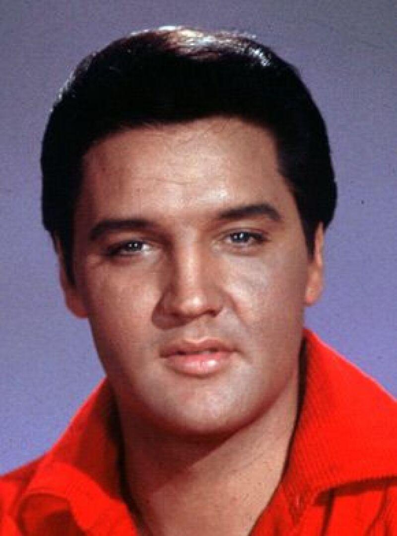 Una vez más, el cantante Elvis Presley se colocó en la primera posición de la lista de las celebridades muertas con mayores ganancias.