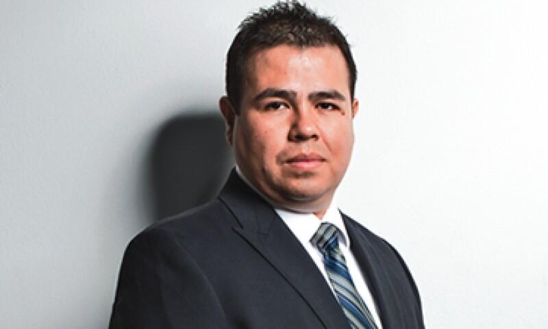 Arturo Huerta también lidera el proyecto que permite a los usuarios migrar de un proveedor a otro con el mismo número. (Foto: Dayán Jiménez, Jorge Garáiz y Marc Fauche)