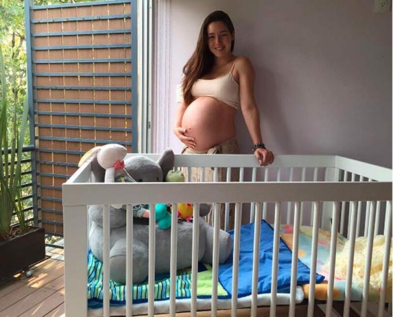 La actriz aseguró que se encuentra haciendo ejercicio ligero pues se encuentra disfrutando de su bebé.