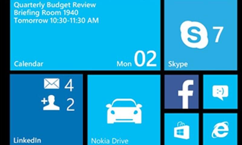 La actualización del sistema operativo permitirá tener en los teléfonos amplios una columna extra de mosaicos. (Foto: Cortesía de Microsoft/CNNMoney)