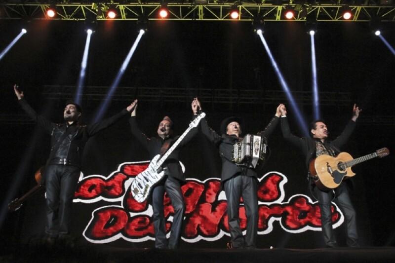 El tercer día de este festival reunió a Andrés Calamaro y a la banda dirigida por Jorge Hernández, además de las masivas presentaciones de Calle 13, El Gran Silencio y La Maldita Vecindad.
