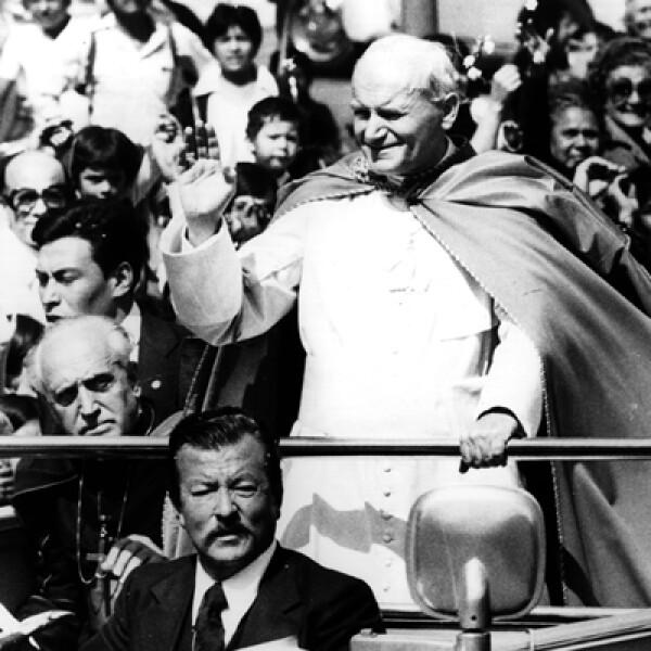 La primera gira internacional que hizo Juan Pablo II como papa fue a México, en 1979.