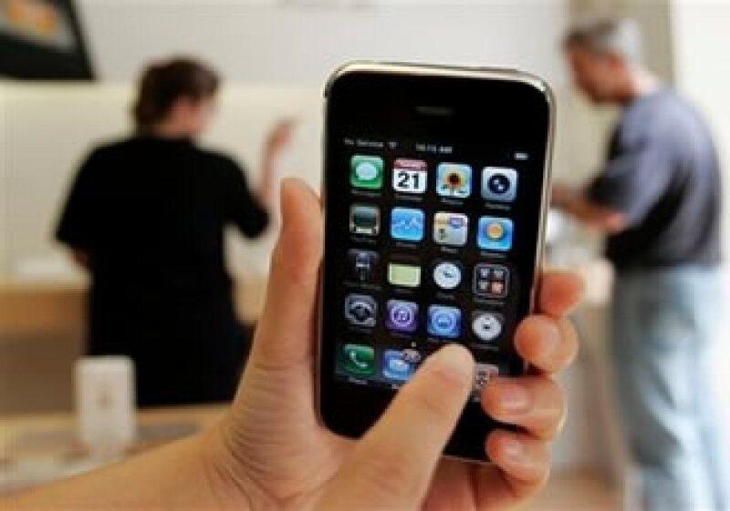 Los pedidos que alcanzaron a ser procesados por la página de Internet de Apple, tuvieron retrasos en su fecha de entrega final.(Foto: AP)