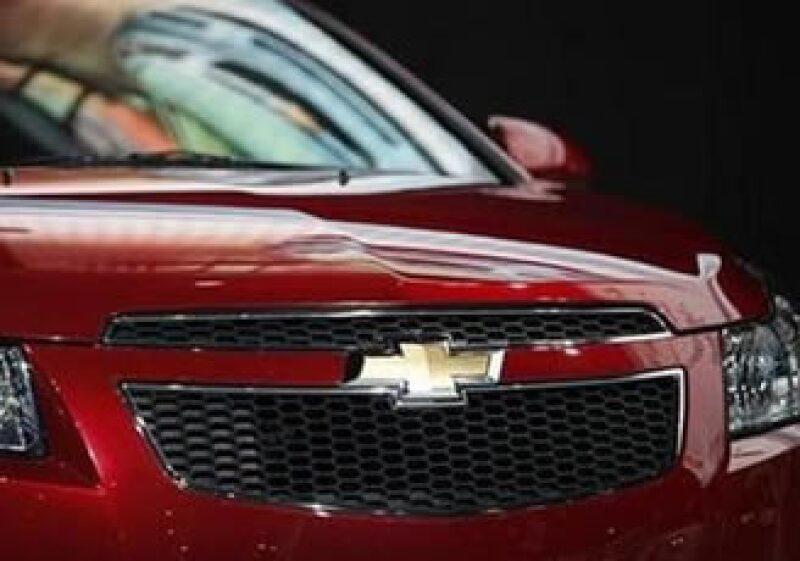 El Cruze demuestra que GM puede fabricar un auto pequeño en EU y hacerlo redituablemente (Foto: Reuters)