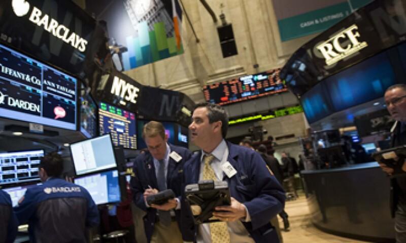 El promedio industrial Dow Jones descendía 0.32%. (Foto: Reuters)