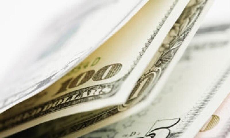 El tipo de cambio podría ubicarse entre 13.35 y 13.48 pesos por unidad este lunes, según Banco Base. (Foto: Getty Images)