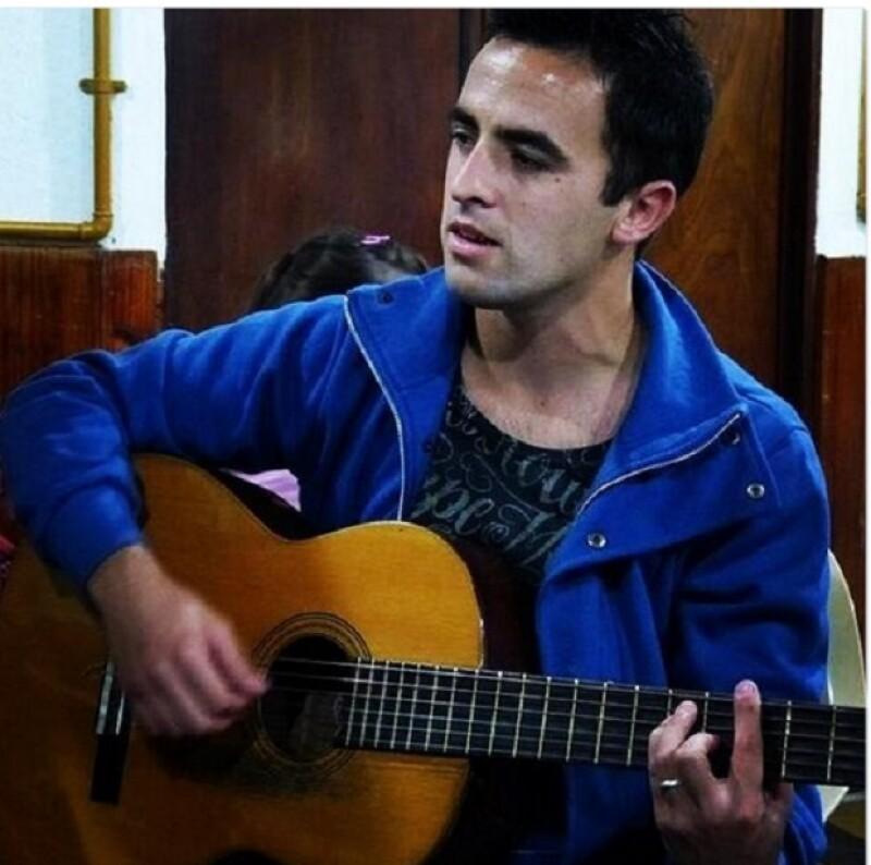 Martín sigue dedicándose a la música.
