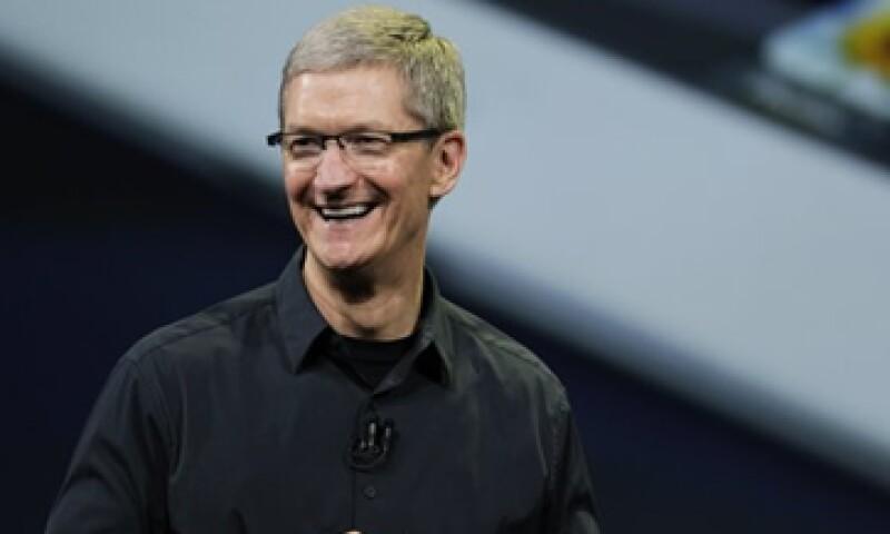 Tim Cook siempre rinde homenaje al legado de Jobs, pero no pide disculpas por trazar un nuevo rumbo en Apple. (Foto: AP)