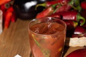 Bolldy Mary con salsa Tabasco ajo y habanero