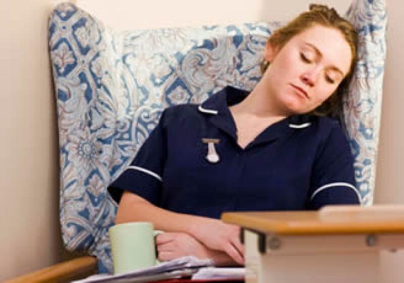 La fibromialgia afecta a tu vida social, laboral y sexual. (Foto: Jupiter Images)