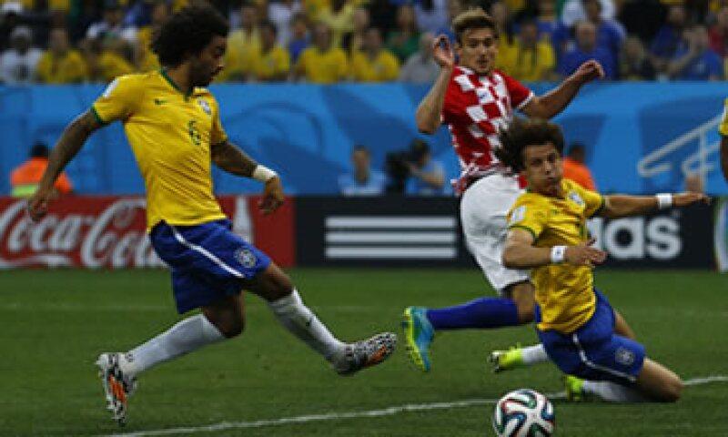 Brasil fue el país más activo en Facebook durante el partido del jueves. (Foto: Reuters)