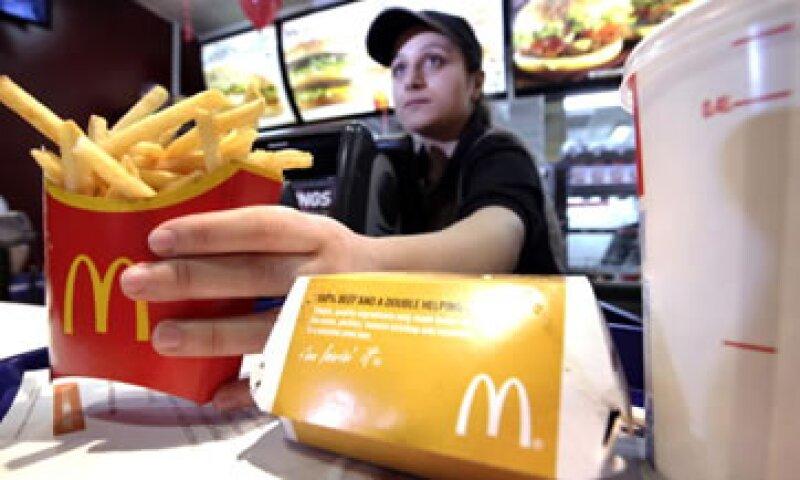 Empleados de McDonald's ganan un sueldo 788 veces inferior al de un ejecutivo. (Foto: Getty Images)