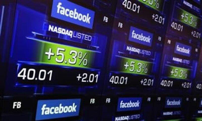 La acción de Facebook subió 13% después del reporte trimestral.  (Foto: Reuters)