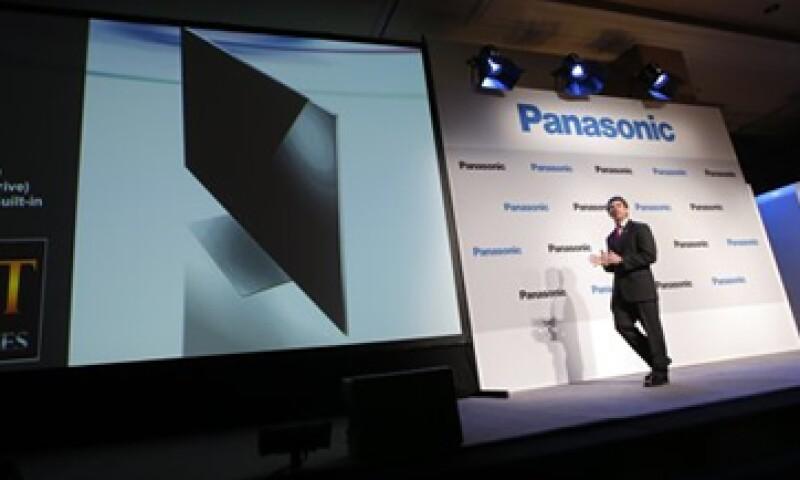 Panasonic indicó que la pantalla medirá 56.5 pulgadas de espesor.  (Foto: Reuters)