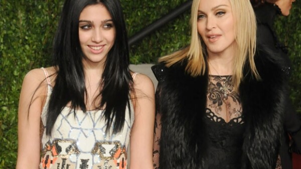 Lourdes es la única hija en la relación entre Madonna y el bailarín Carlos León.