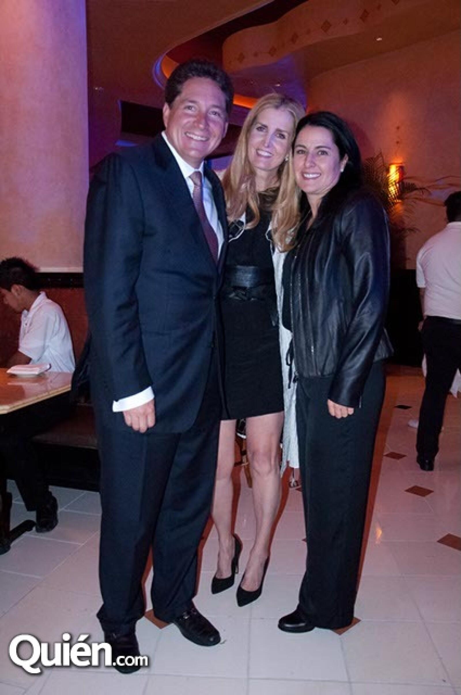 Magaly Fernández y Daniela Lebrija
