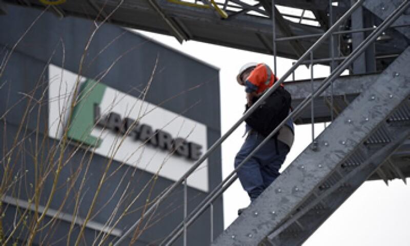 El millonario ha calificado como pocos satisfactorios los términos de la fusión Holcim-Lafarge. (Foto: AFP )