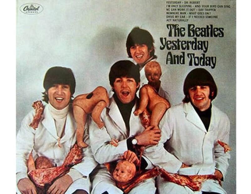 La popular banda de rock británica no quedó exenta de los escándalos al presentar la portada de su noveno álbum.