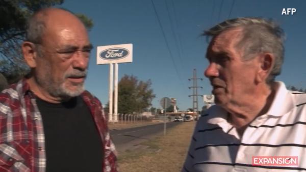 Dos exobreros de Ford