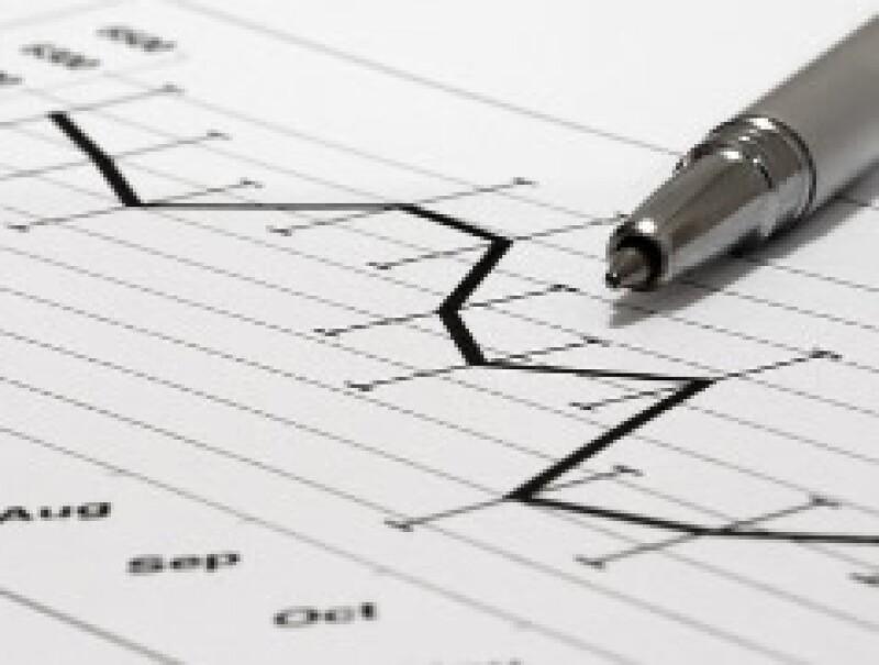 La inestabilidad en tasas de interés y Bolsas es un riesgo para las afores. (Foto: Archivo)