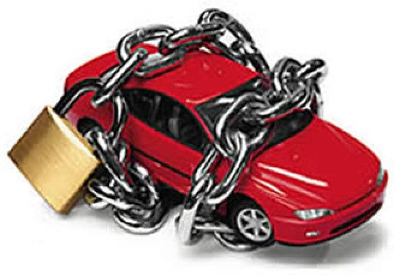 Existen muchos mitos alrededor de los seguros de auto que pueden confdundirte antes de contratar una póliza.  (Foto: Archivo)