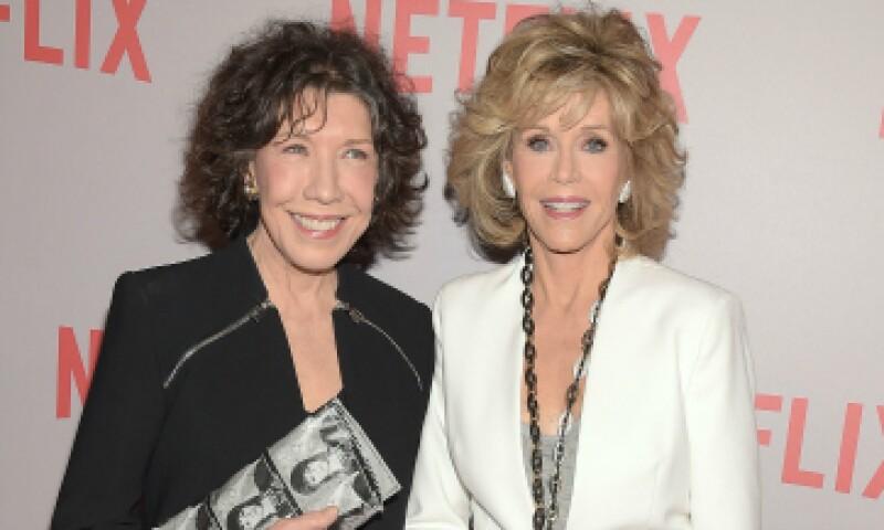 Las protagonistas de la serie durante su premiere, Lily Tomlin y Jane Fonda. (Foto: Getty Images)