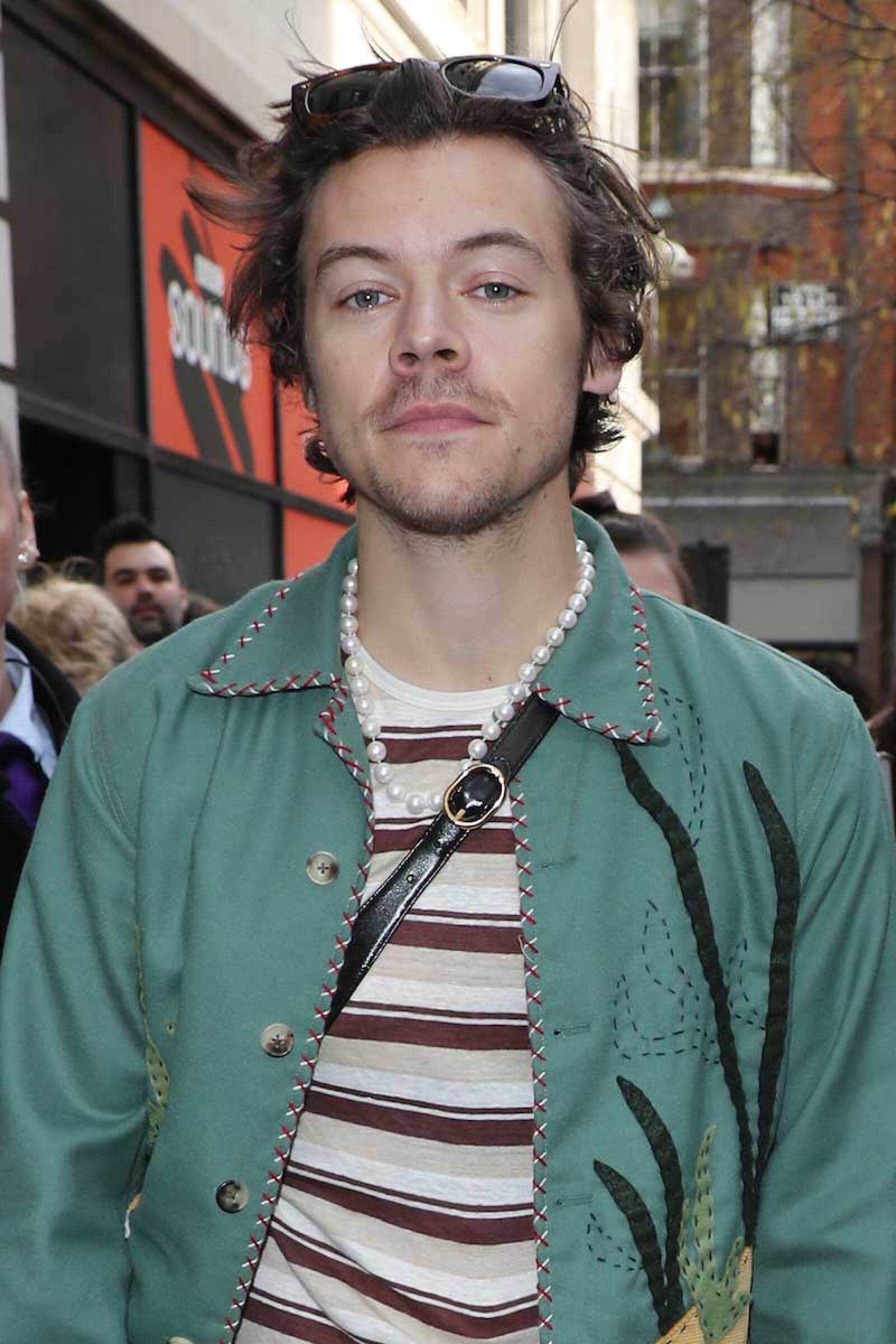Harry-Styles-Perlas-2