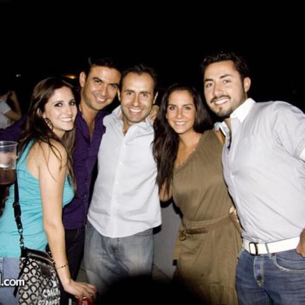 Laura Cazarez,Samuel Sandoval y amigos en el concierto de Luis Miguel