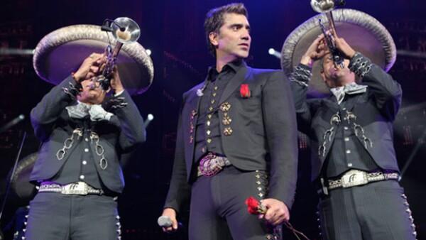 Alejandro Fernández lleva su tour &#39Confidencias&#39 a Acapulco el 31 de octubre, para cantar sus más grandes éxitos.