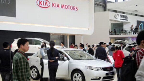 La nueva planta de Kia Motors ayudará a incrementar la producción de autos en México. (Foto: AFP)