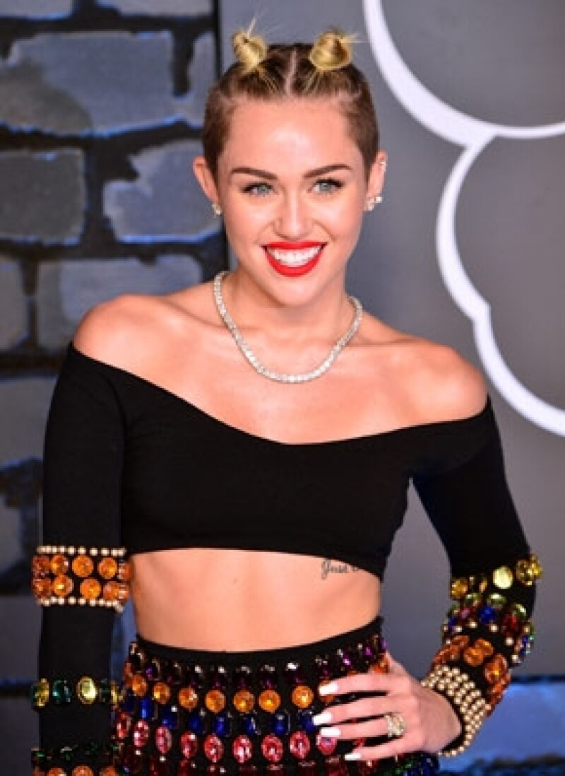 La actriz y cantante comentó en una publicación que los pequeños necesitan disfrutar de su infancia sin que una empresa que este a sus espaldas.