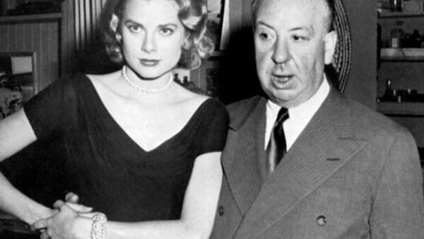Su gran musa llegaría en 1953, cuando conoció a Grace Kelly y quedó `enamorado´ de ella. Fue de las pocas actrices a las que trató dulcemente. Ella filmó `Dial M for Murder´ en 1954, `Rear Window´ en 1954 y `To Catch a Thief´ en 1955.