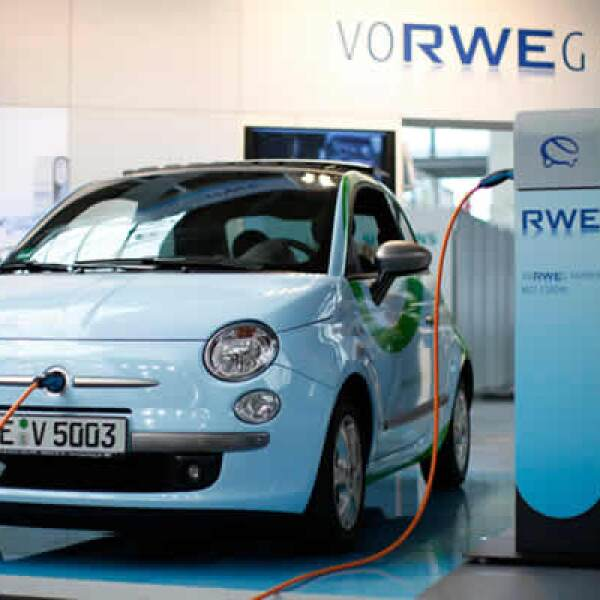 Los coches eléctricos fueron piezas muy admiradas durante la presentación.