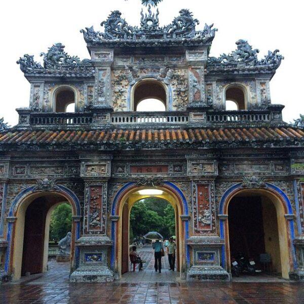 Templo en Hue, Vietnam.
