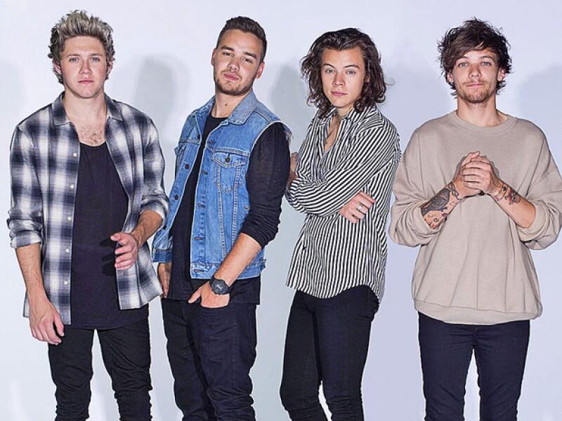 Los integrantes de One Direction lanzaron su primer sencillo Drag Me Down, desde que Zayn Malik saliera del grupo.