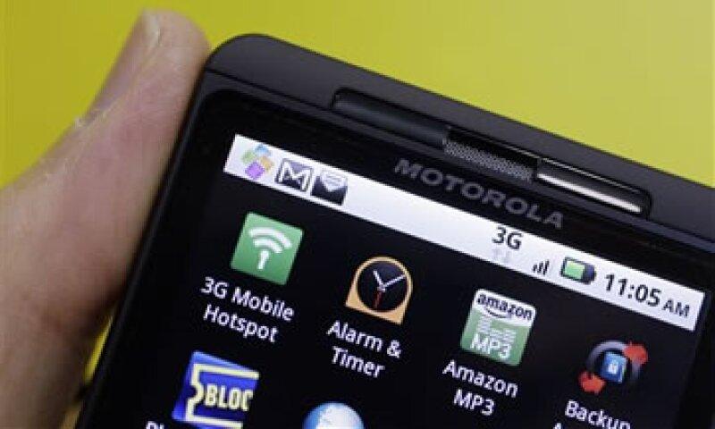 Los despachos de teléfonos inteligentes totalizaron 5.1 millones de unidades en el periodo. (Foto: AP)