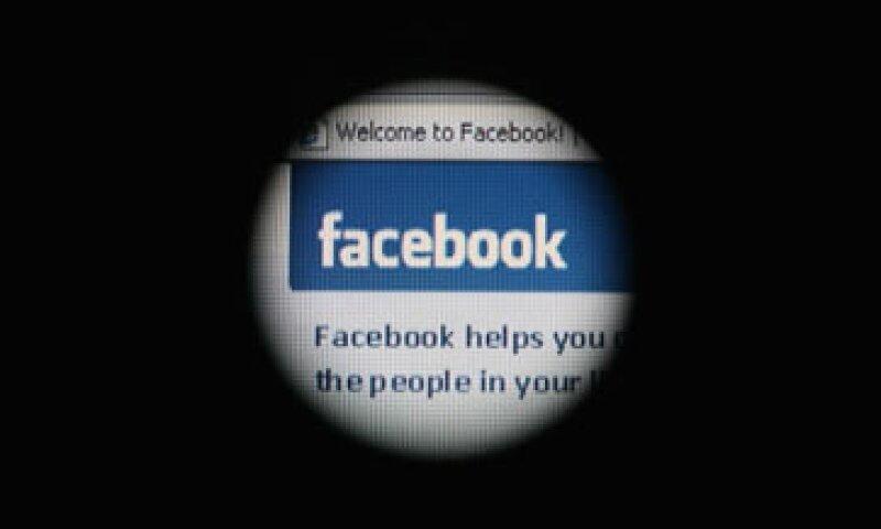 Los accionistas de Facebook han expresado su preocupación sobre los riesgos de algunas políticas de la empresa.  (Foto: Getty Images)