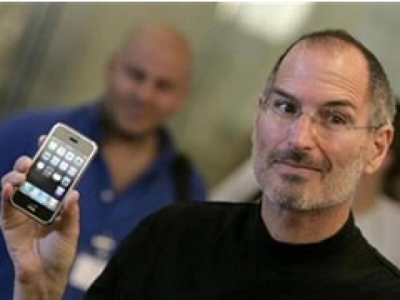 Las acciones de la empresa comandada por Steve Jobs han perdido más de la mitad de su valor desde fines del 2007. (Foto: Archivo)