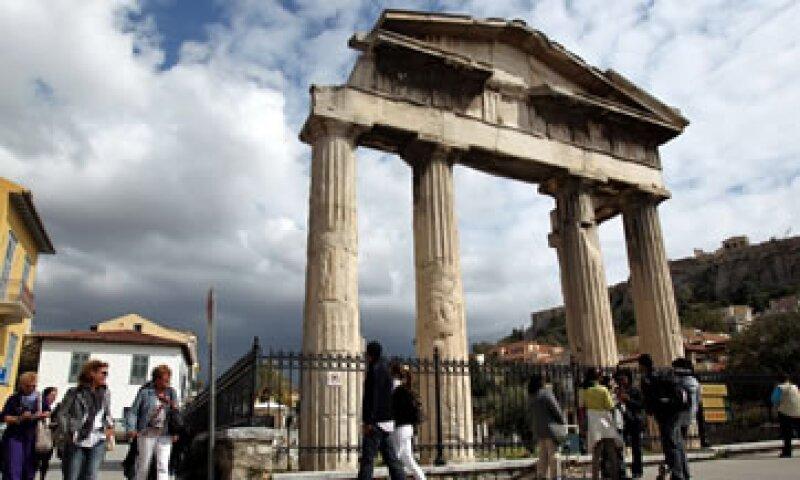 Sin esos 12,000 millones de euros, Grecia caería en moratoria de pagos en unos días. (Foto: AP)