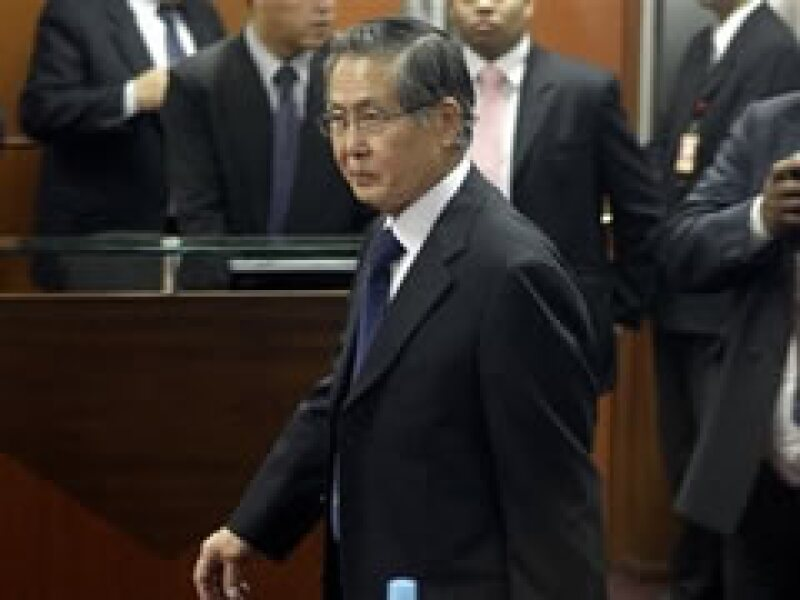 Fujimori, de 70 años, fue acusado de homicidio, secuestro y lesiones graves.  (Foto: AP)