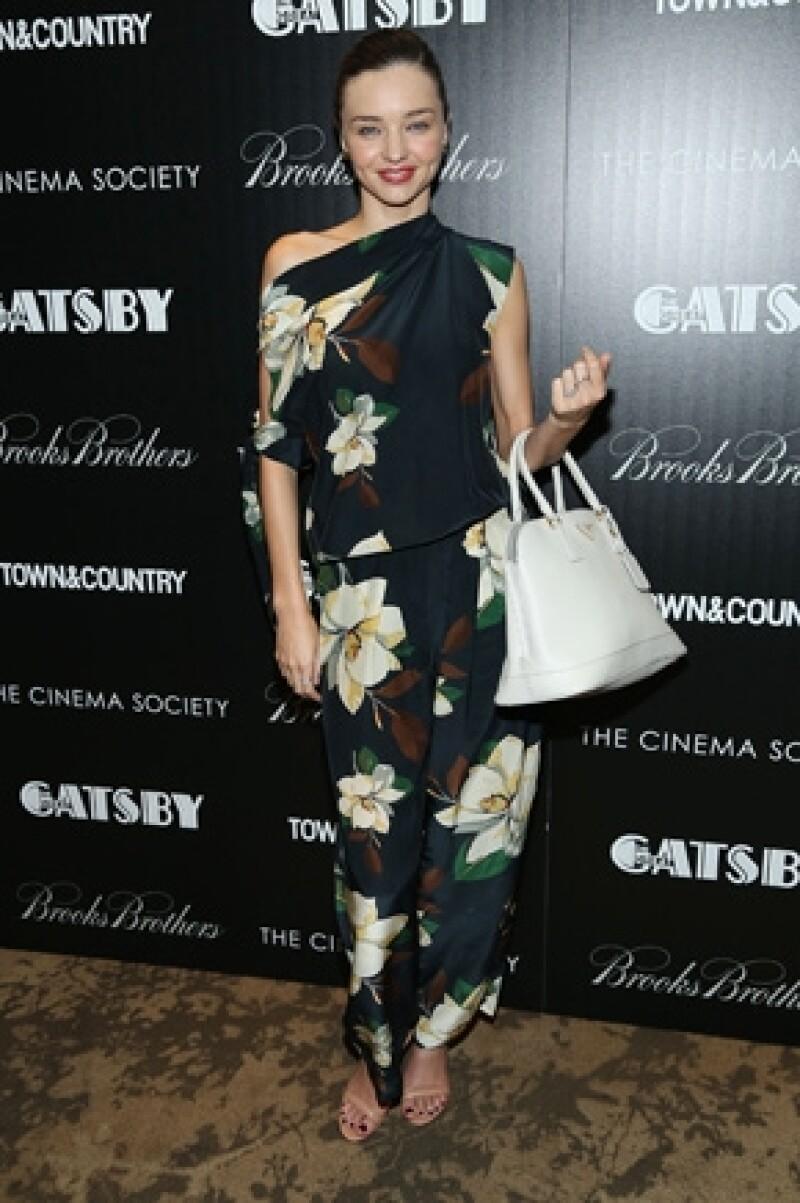 El famoso grupo de ladrones Bling Ring entraron a la casa de la modelo para llevarse sus prendas más íntimas, comentó Nancy Jo Sales.