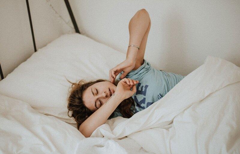 morning-person-temprano mañana dormir snooze consistencia
