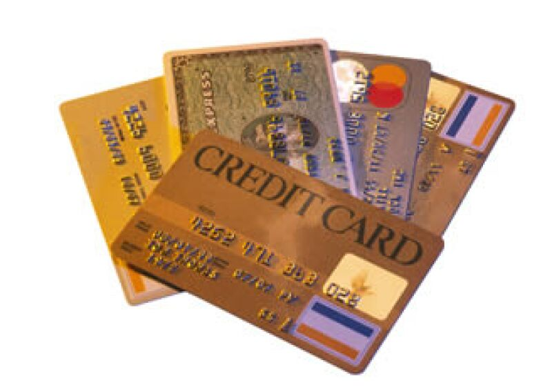 Si la ley protegiera a los bancos de pagarte intereses compuestos, ellos no podrían cobrártelo a ti, y así lo hacen. (Foto: Jupiter Images)