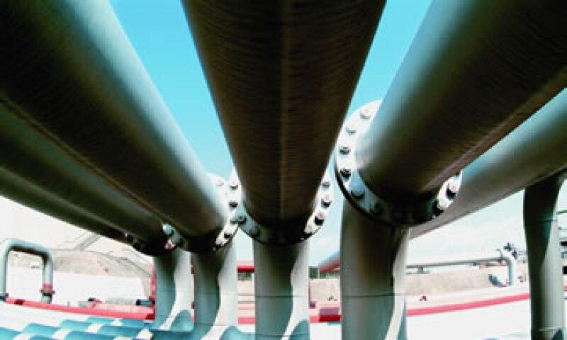 Al cierre de junio de 2012, el volumen estimado de combustible sustraído ilícitamente fue de 1.8 millones de barriles.  (Foto: Getty Images)