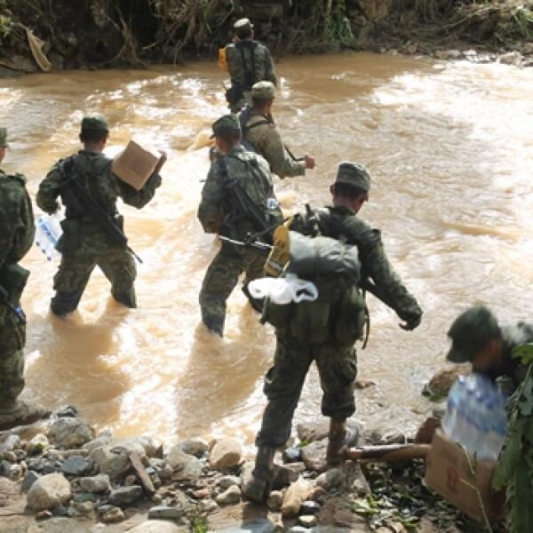 Soldados en rescate en Guerrero5