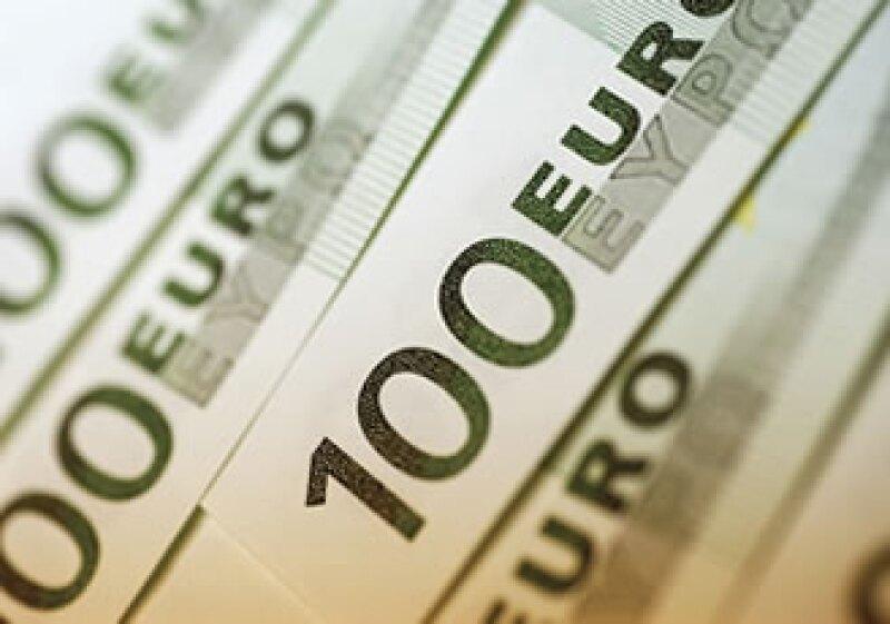 El apoyo financiero que reciben los bancos de Irlanda y España, les ayuda a enfrentar la crisis. (Foto: Photos to Go)
