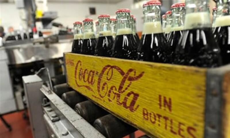 La empresa LeRoy Telstad fabricaba las botellas de vidrio de 6.5 onzas desde 1932.  (Foto: AP)