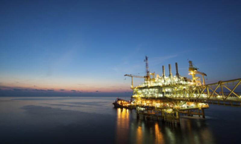 Los expertos consideran que el petróleo seguirá registrando caídas. (Foto: iStock by Getty Images. )