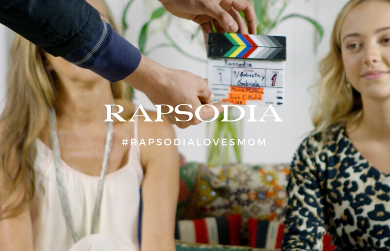 Rapsodia-Loves-Mom